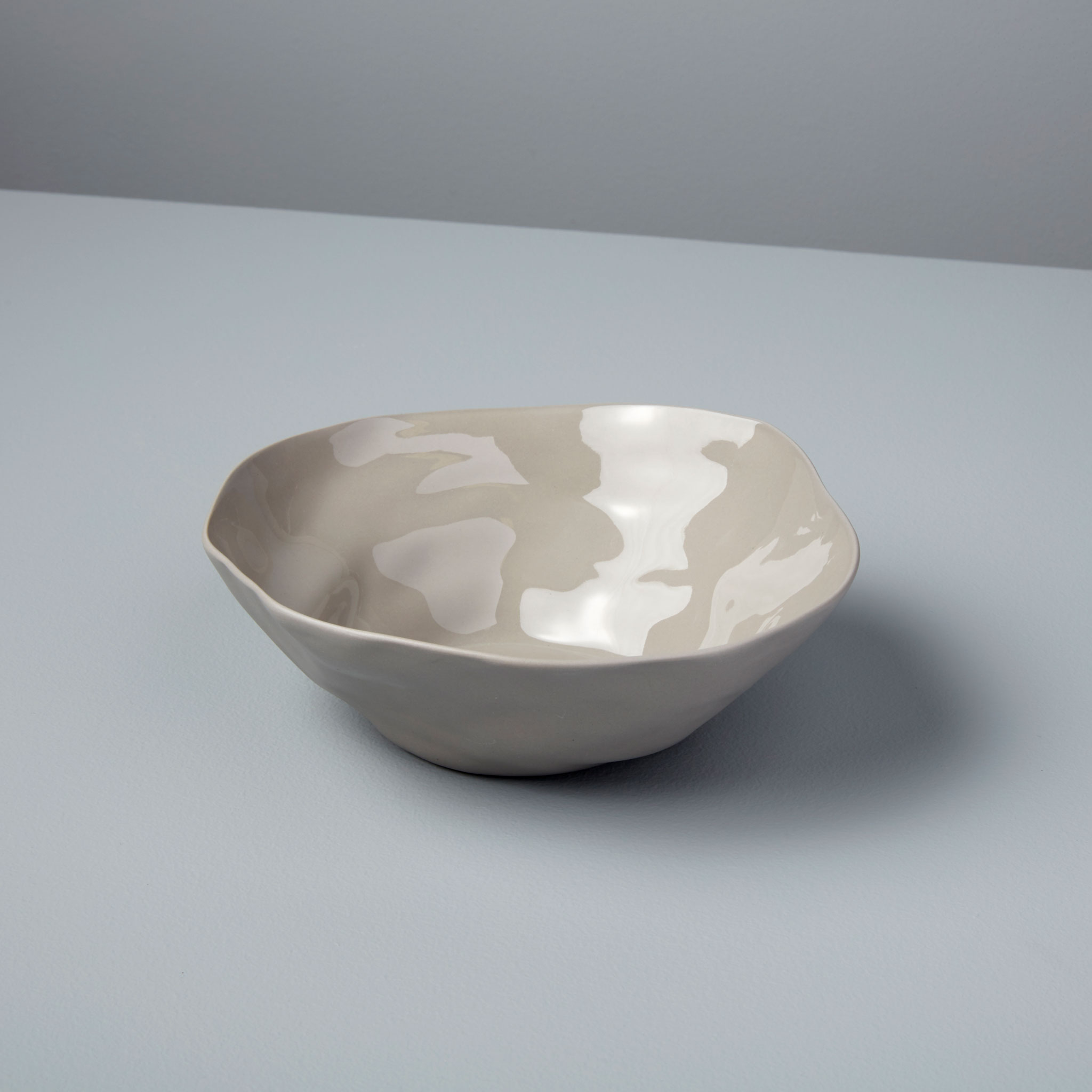 Be-Home_Stoneware-Bowl-Sterling-Medium_64-04