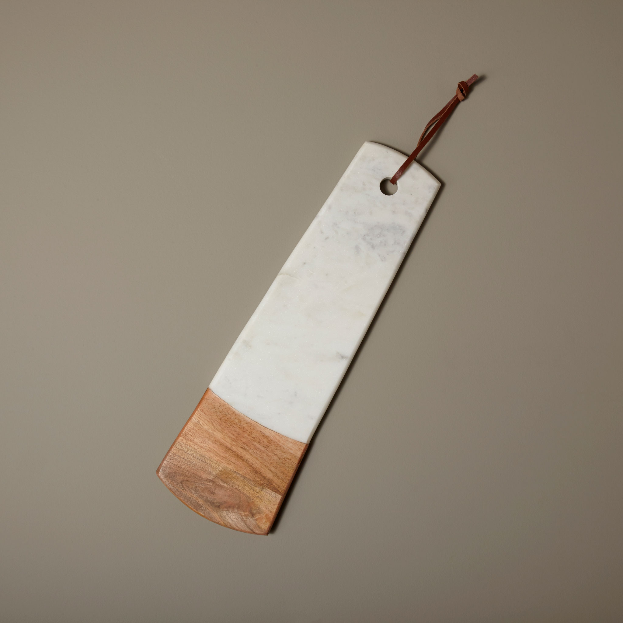 Be-Home_White-Marble-and-Wood-Long-Rectangular-Board_58-28