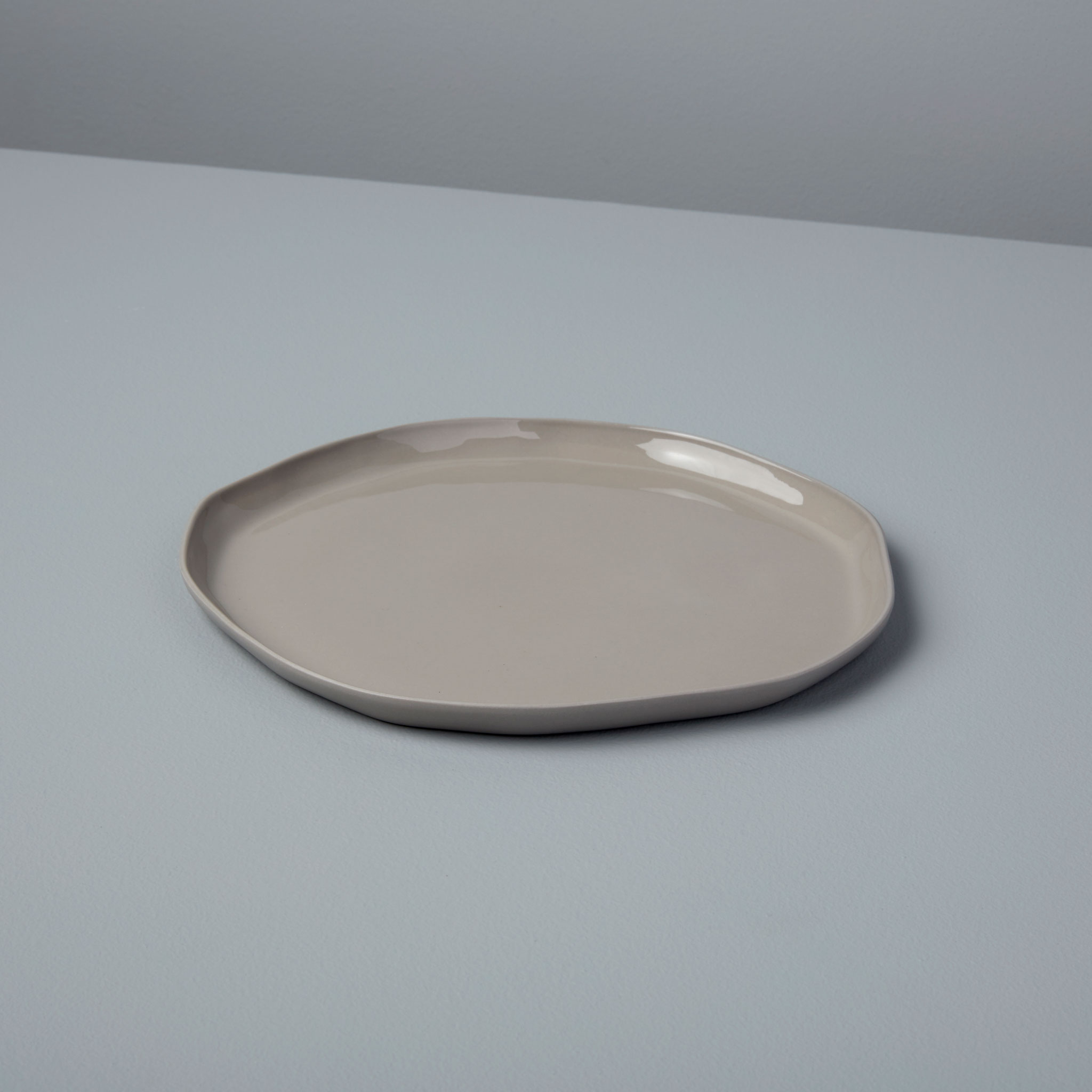 Be-Home_Stoneware-Side-Plate-Sterling_64-703