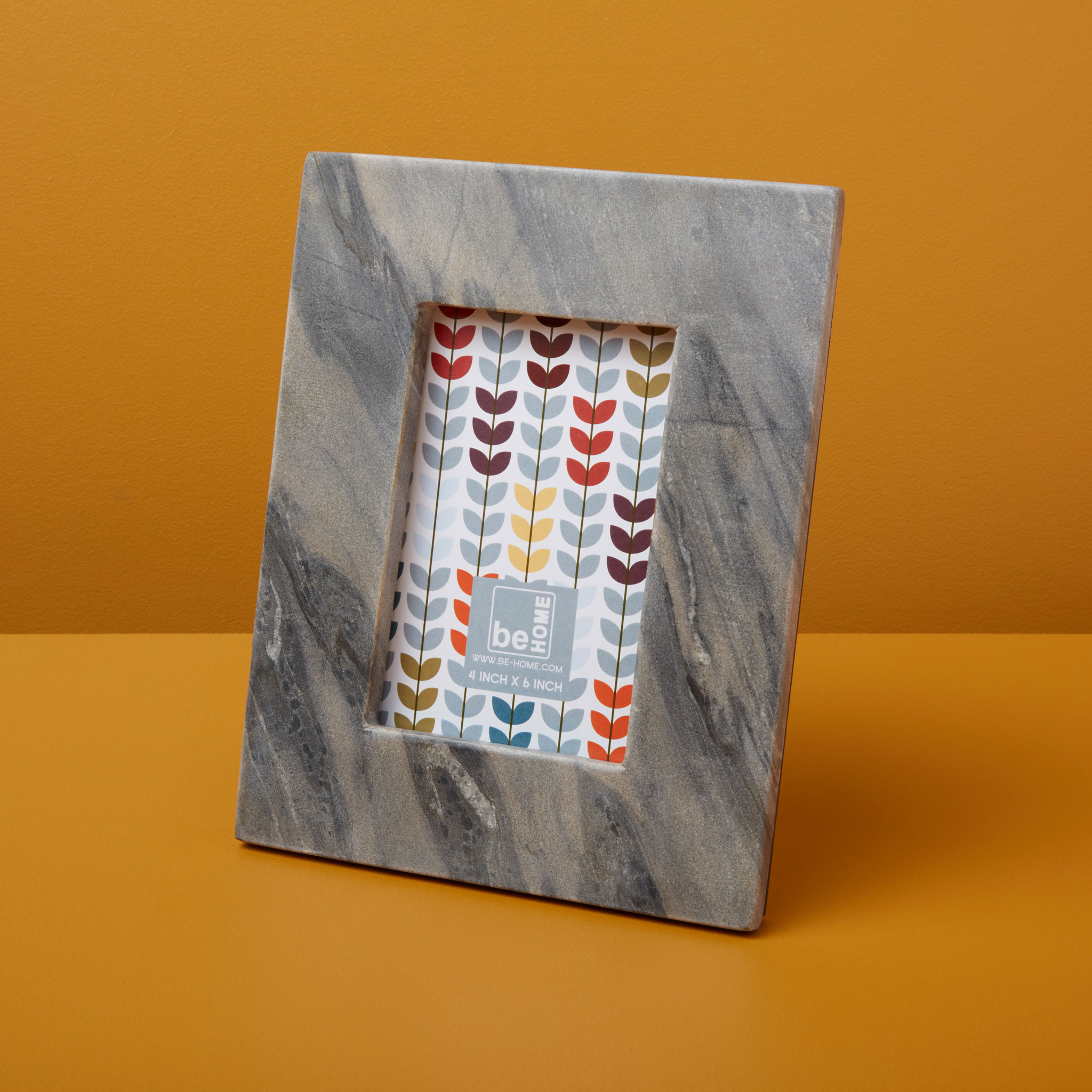 Be-Home_Gray-Marble-Frame_58-103
