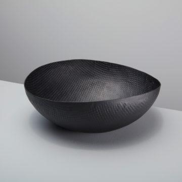 Black  Crosshatch Aluminum Bowl, Extra Large