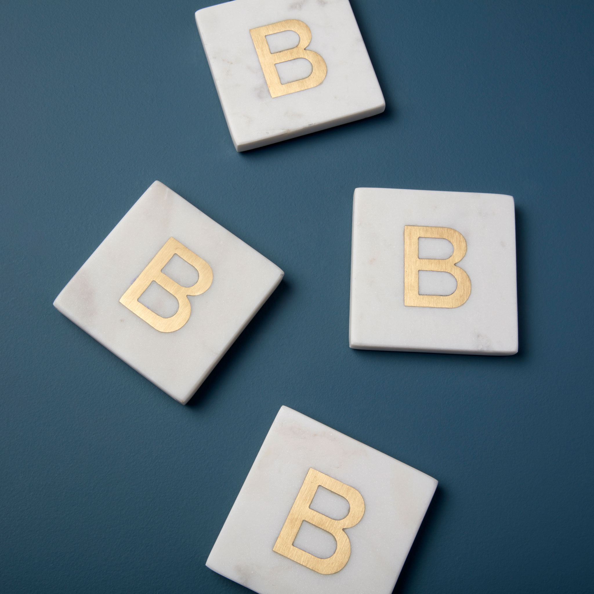 Be-Home_White-Marble-and-Gold-Monogram-Coasters-Set-of-4-B_580-201