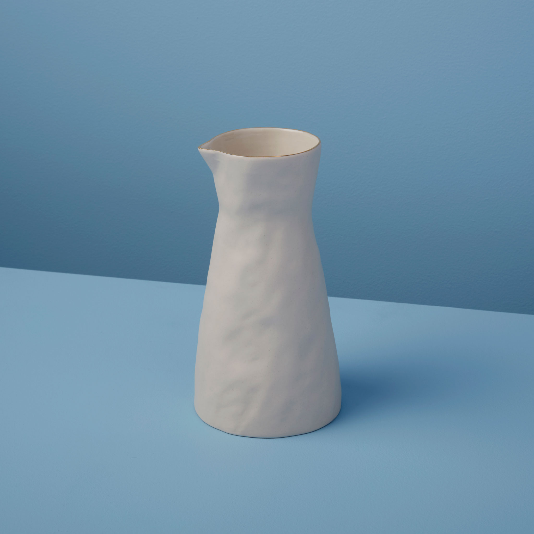 Be-Home_Gold-Rim-Stoneware-Carafe-White-Small_64-747
