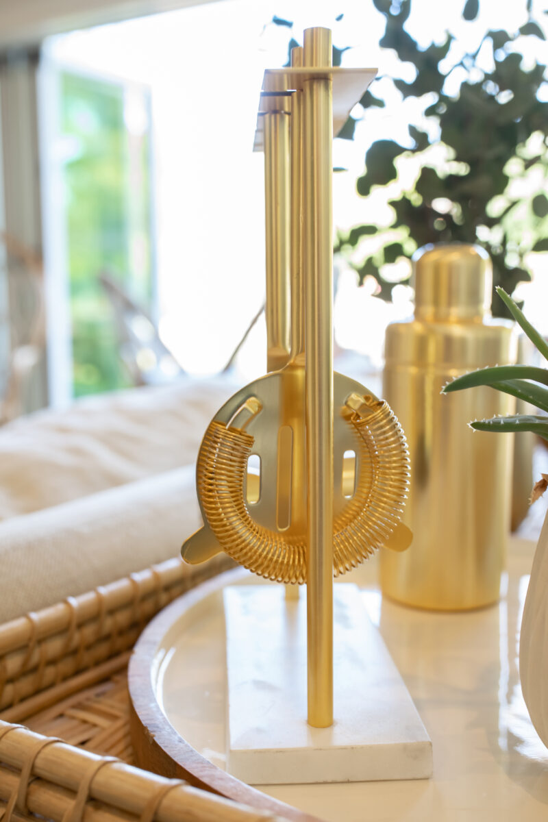 White Marble & Gold Hanging Bar Set