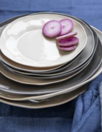 Stoneware Platter Sterling 5