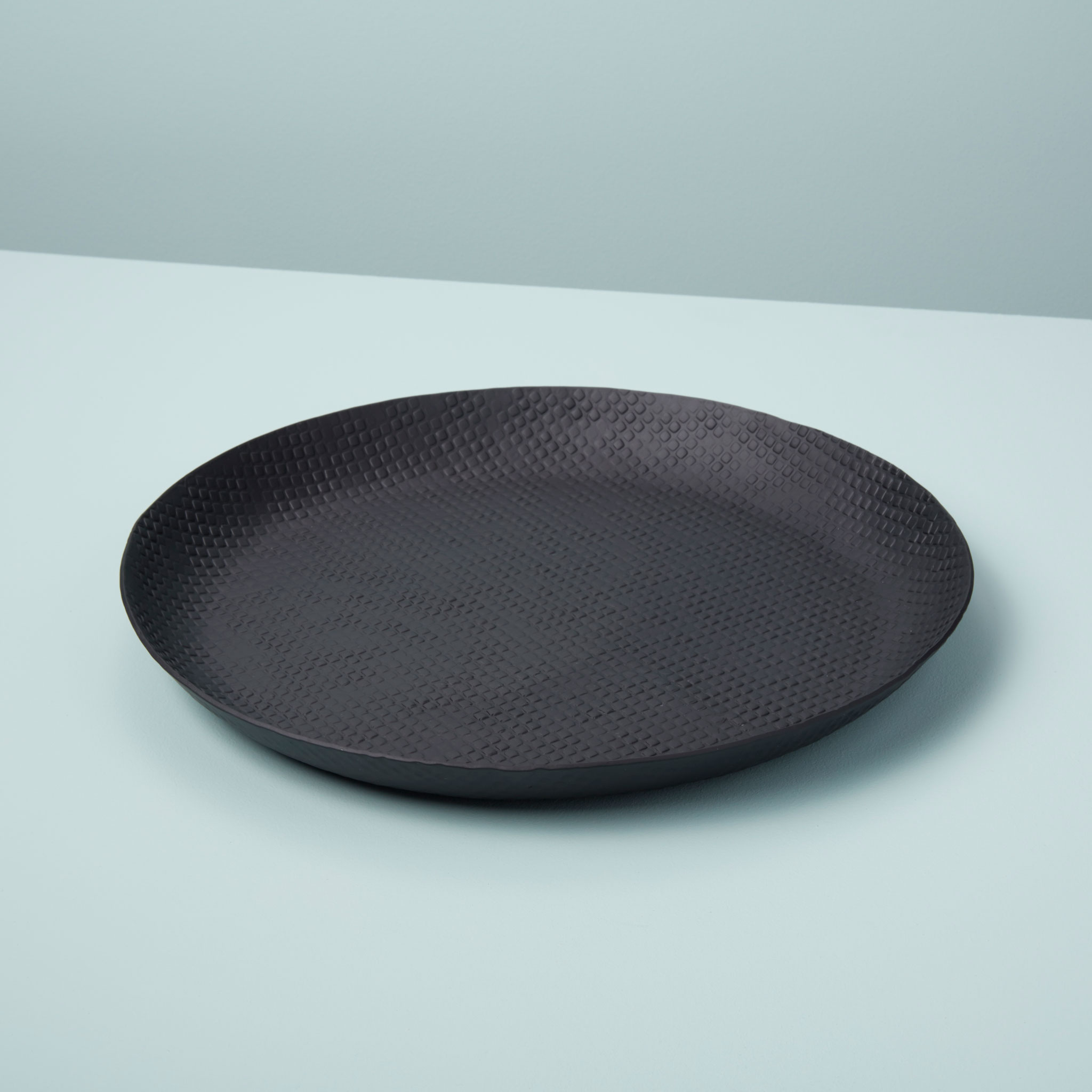 Black Crosshatch Aluminum Curved Edge Tray, Large