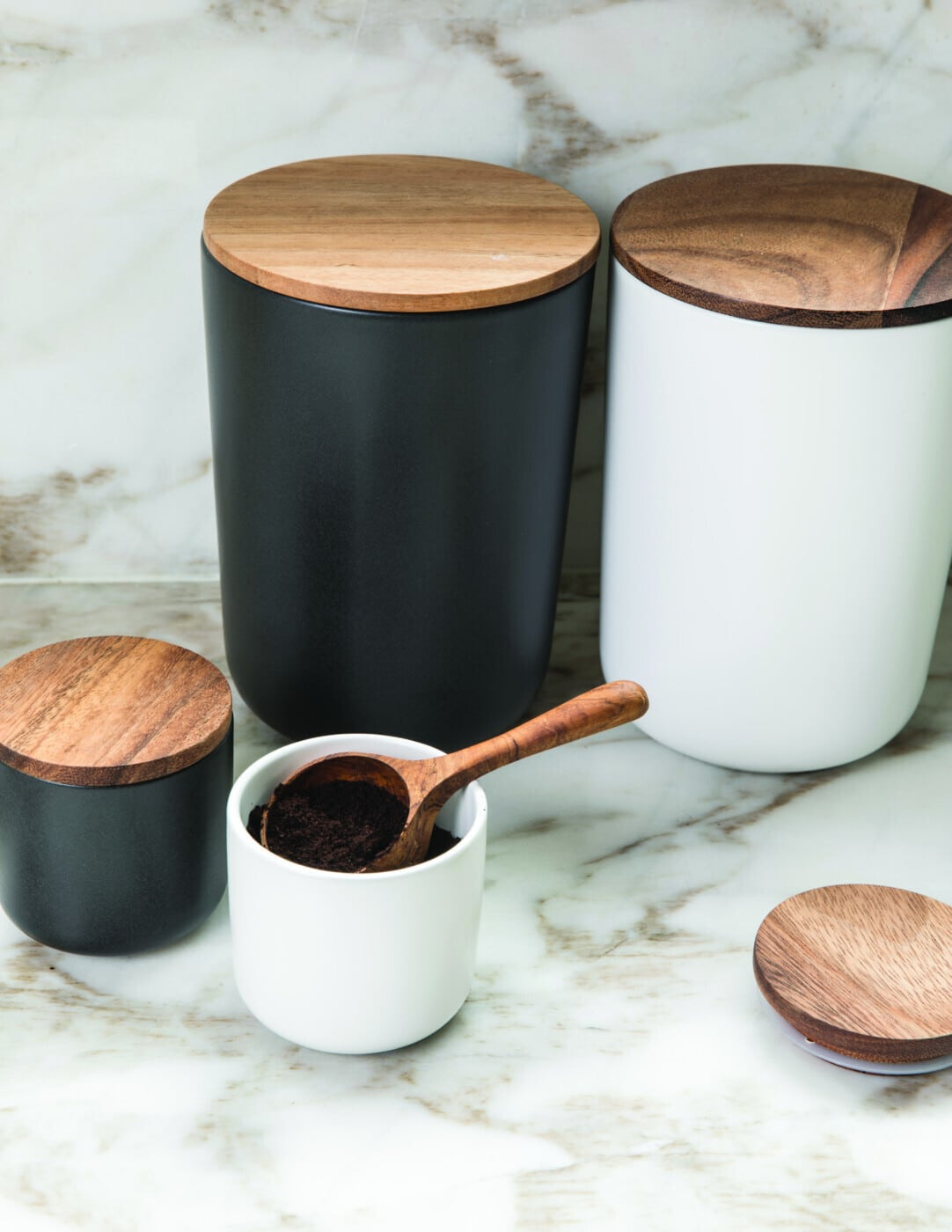 Stoneware Container with Acacia Lid Small Black 2